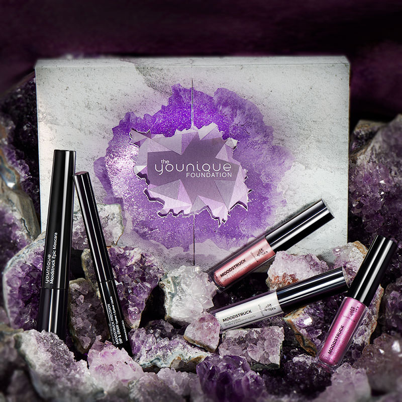 Convention only: The Younique Foundation bundle